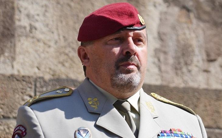 Nelogika generála Opaty o těžké brigádě: Modernizace je správná, jen když se mi to hodí. A s domácím průmyslem se přepočítal