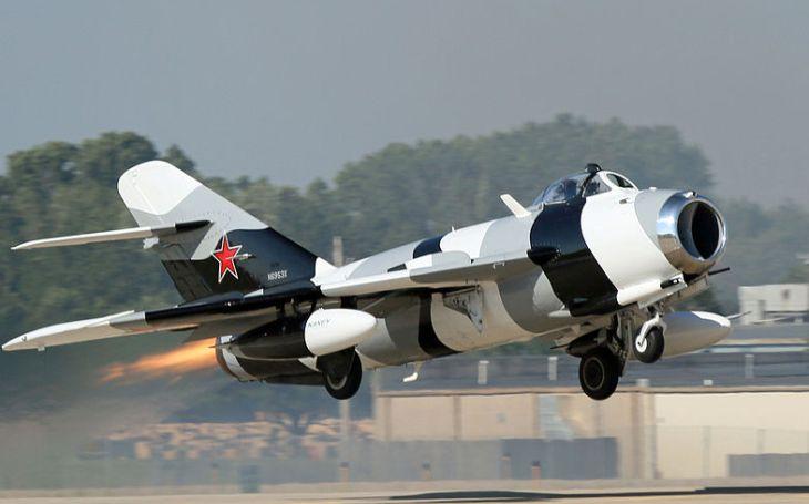 Jak sovětský stíhač sestřeloval Američany z nebe. ,,Vzdušný teror&quote; z Vietnamu měl název MiG-17