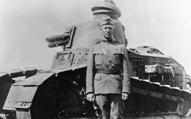 Počátky amerických obrněných sil v roce 1917 - Pershing, Eisenhower, Patton