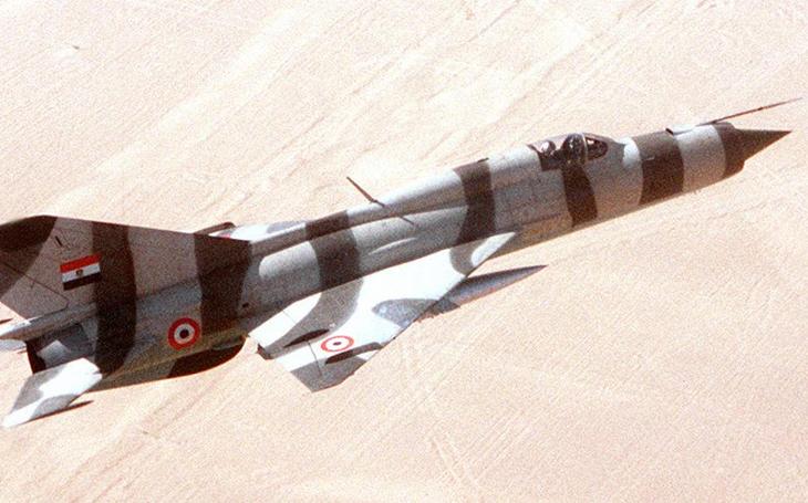 Stíhací esa studené války na MiG-21 - Severovietnamci, Arabové a Vadim Petrovič Ščerbakov