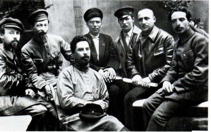Leninův kat Dzeržinskij: Kněžské roucho vyměnil za represivní Čeku. Osudnou se mu stala kritika Trockého