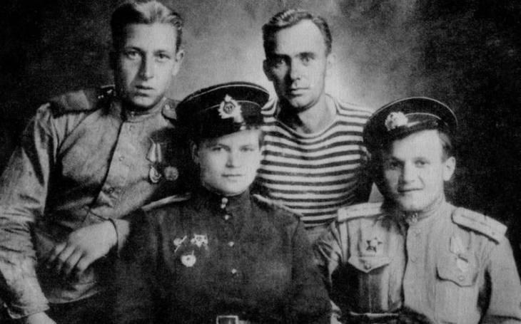 To musela být ženská! Poručice Zavalijová velela četě mariňáků, u nacistů si vysloužila přezdívku