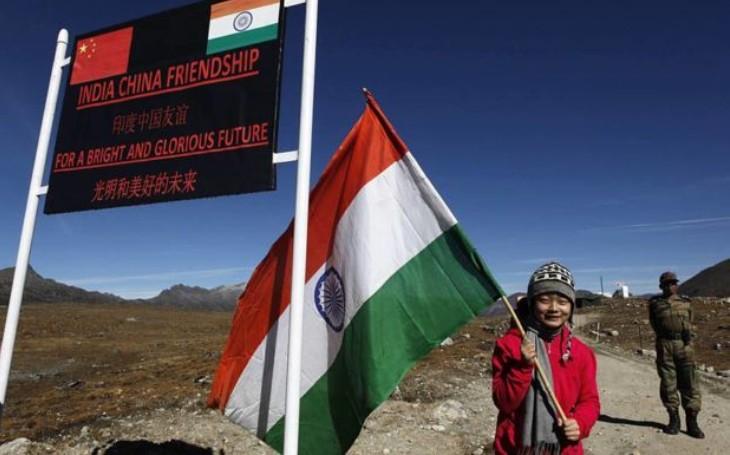 VIDEO: Na indicko-čínské hranici roste napětí. Eskalující konflikt poznamenalo několik incidentů