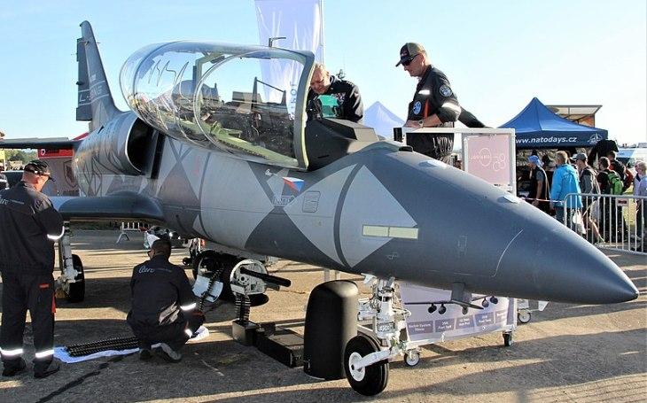 Aero Vodochody mění majitele - prodej Omnipolu a maďarskému investorovi s vazbou na Rusko řeší ÚOHS
