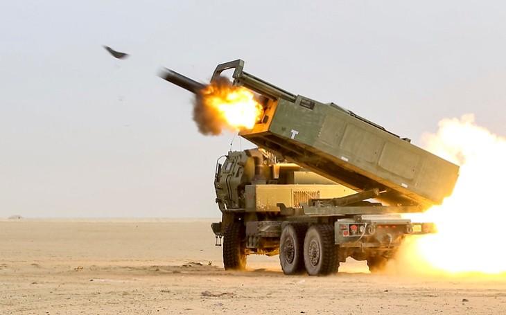Raketové systémy HIMARS na Filipíny? Manila a Washington jednají o jejich možném nákupu