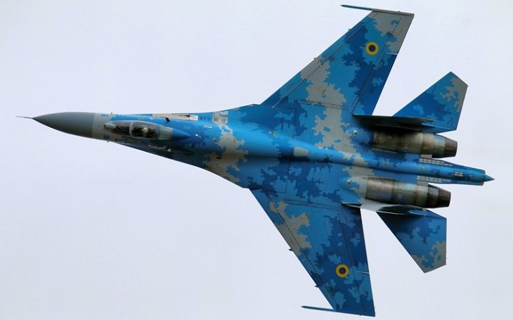 Letouny Su-35 pro Egypt jsou připraveny v ruském závodě, ukazují satelitní snímky