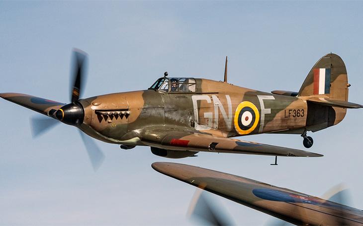 """""""Proč vyznamenání? Dělal jsem jen svou práci"""": Zkrvavený obličej, ohořelá ruka a jeden Messerschmitt dole byla rutinní práce pilota RAF"""
