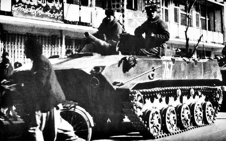 &quote;Lehký tank&quote; na padáku s osádkou uvnitř - úspěšná sovětská výsadková vozidla BMD-1 jezdí dodnes