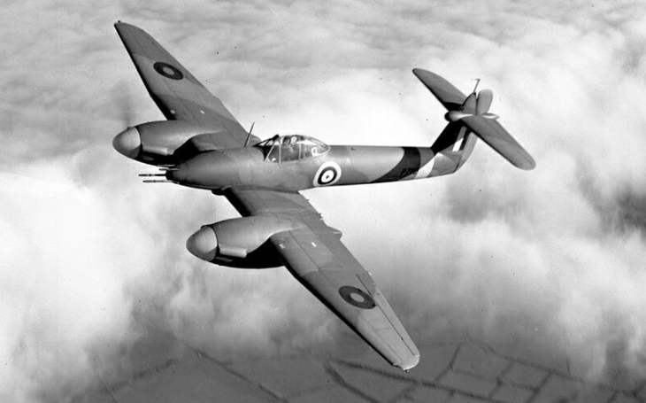 Letoun, který zklamal. Stroj Westland Whirlwind táhly dolů nespolehlivé motory