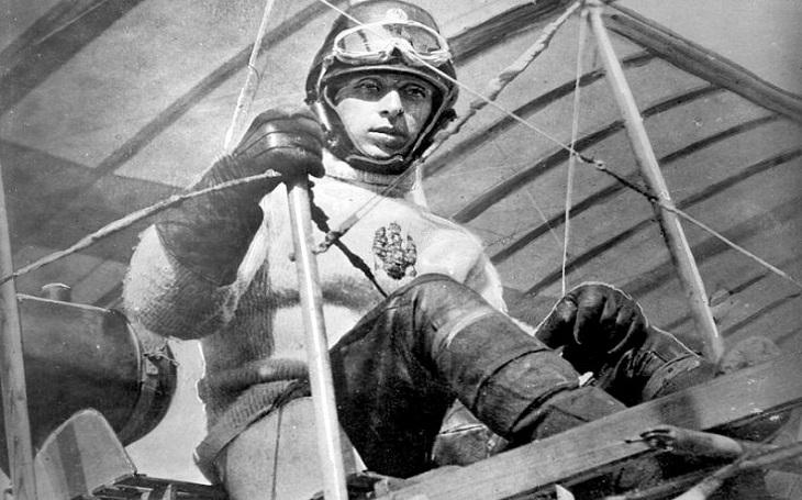 Ruský otec amerických letounů Alexander de Seversky: Vzdušná dominance stojí nade vším. A jak k ní dopomohl Walt Disney?
