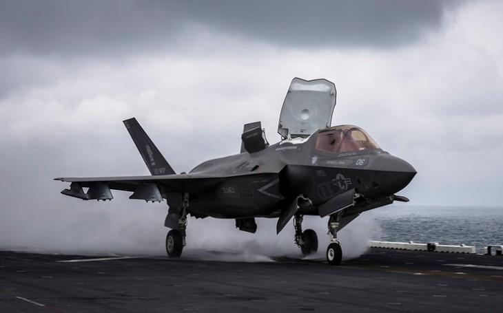 USA daly zelenou ,,obřímu&quote; prodeji 105 stíhačů F-35 Japonsku. Jaký má s nimi plán?