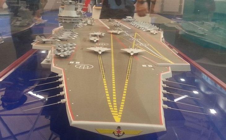 Neporazitelná plovoucí pevnost? Ruská ,,superletadlová loď&quote; by mohla být vybavena protivzdušným komplexem S-500