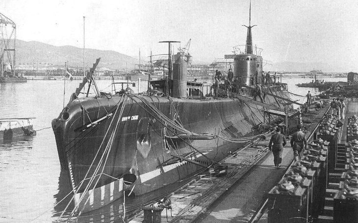 Každý měsíc jednu ke dnu: Italům zůstala po britském lovu jen jedna ponorka třídy Cagni
