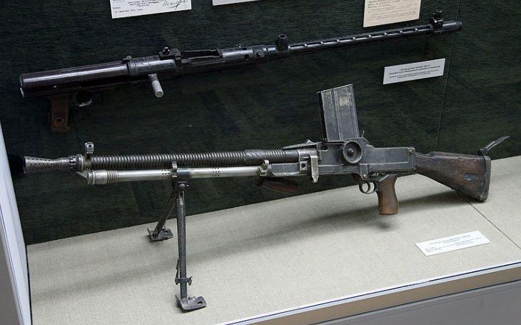 Pýcha československého průmyslu a exportní hit. Kulomet vz. 26 používali Waffen SS. Britové zašli ještě dál