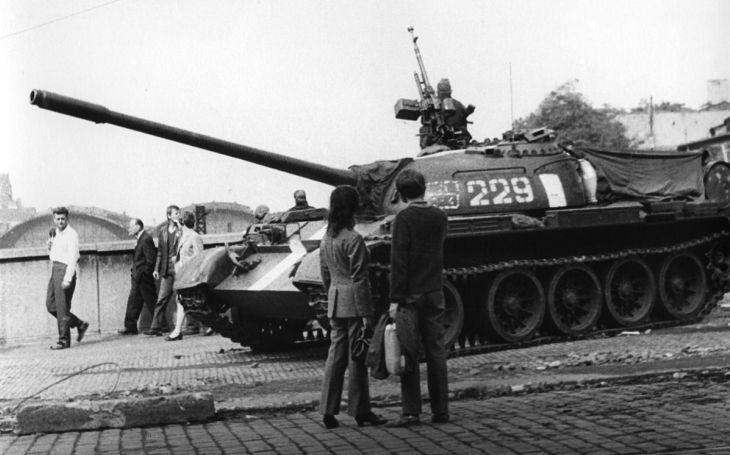 KOMENTÁŘ: Když je dnes regulérní okupace v očích komunistů pouhým ,,obsazením&quote;. Zítra už nemusí platit, že totalita byla totalitou