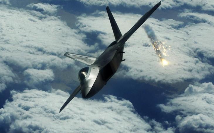 Spojené arabské emiráty mají zájem o stíhače F-35, prohlásil Donald Trump