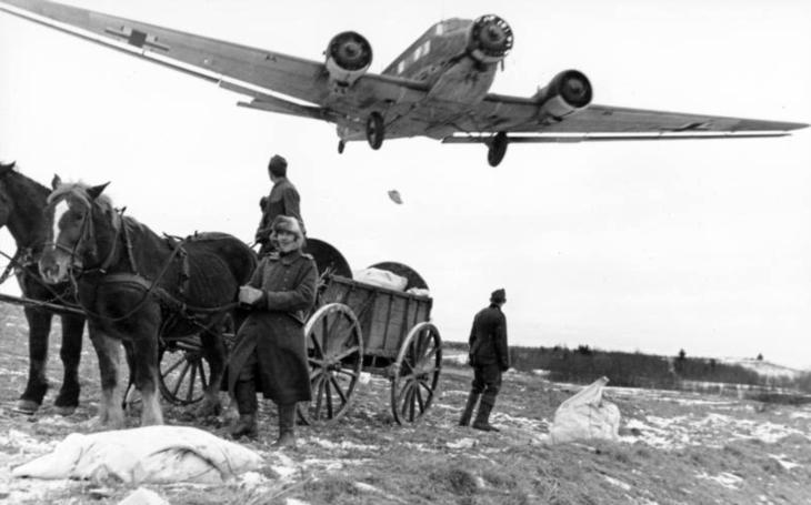 Masakr. Padali jak mouchy. Poslední velkou operaci Luftwaffe překazili sovětští stíhači