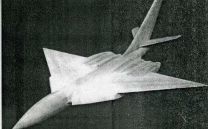 Zapomenuté stroje studené války – strategický bombardér Tu-108 s parazitickým stíhačem