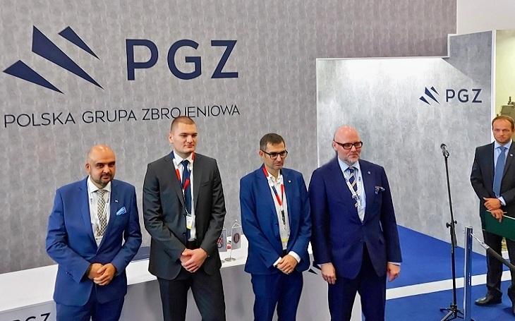 Byla podepsána česko-polská dohoda o spolupráci na obrněném vozidle pro polskou armádu