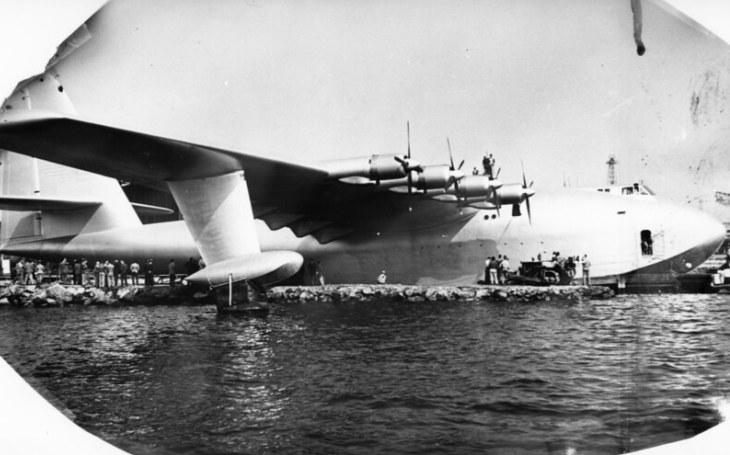 Dřevěný obr H-4 Hercules měl být vzdušným králem. Vzlétl však jen jednou