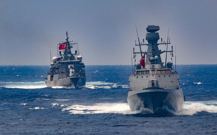 V turecko-řeckém konfliktu přituhuje. Řecko nakoupí 18 letounů Rafale, 4 fregaty a další vybavení