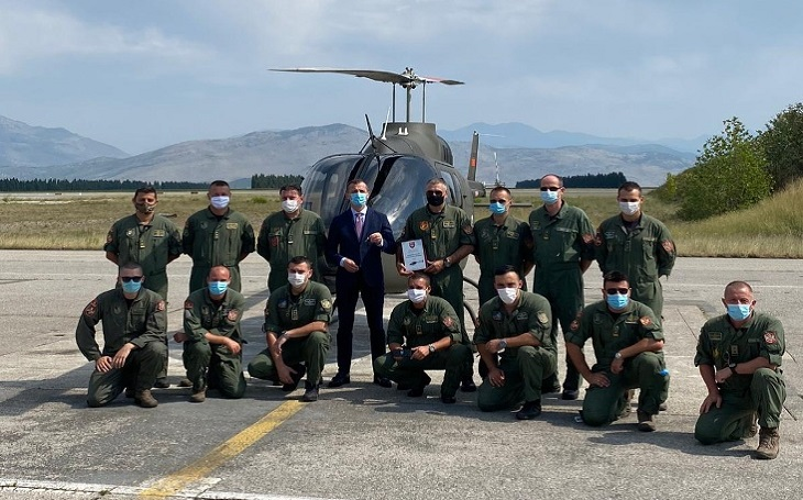 Bell předal vzdušných silám Černé Hory první Bell 505