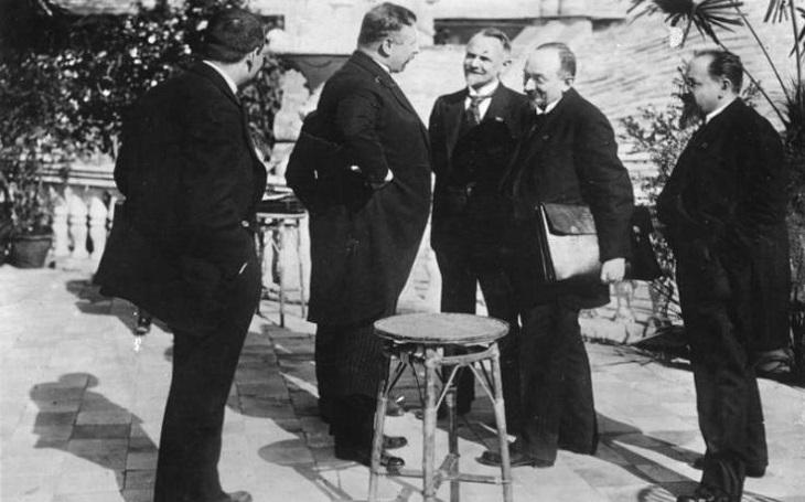 Jak Sovětský svaz pomohl znovu vyzbrojovat poražené Německo. Začalo to v Rapallu