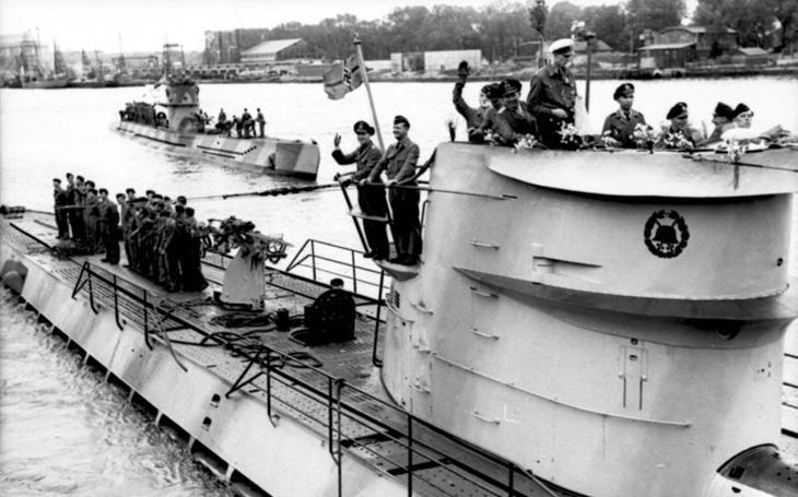 Vlčí smečka německých ponorek potopila během šesti hodin dvacet lodí nešťastného konvoje SC-7