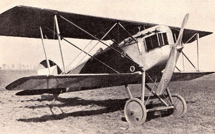 Jedinou sériově vyráběnou stíhačku firmy Aero v rozletu brzdily časté havárie