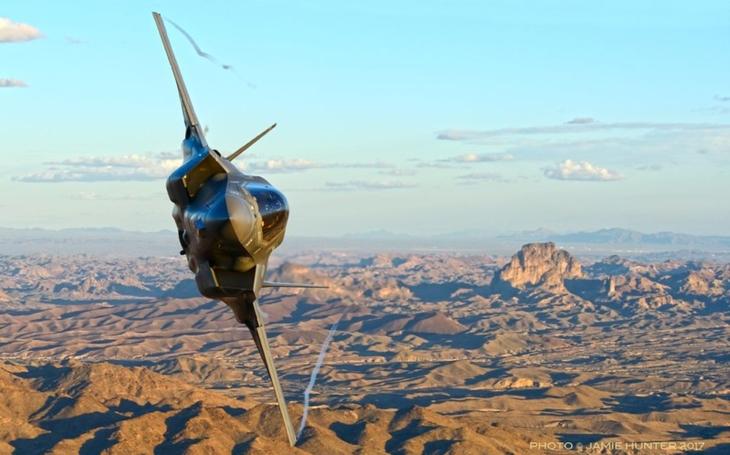 Problémové F-35 má pomoci sám ODIN
