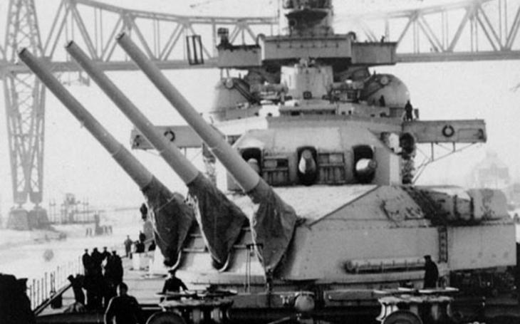 Bitevní křižníky proti Japonsku mělo pro Nizozemí pomoci postavit nacistické Německo