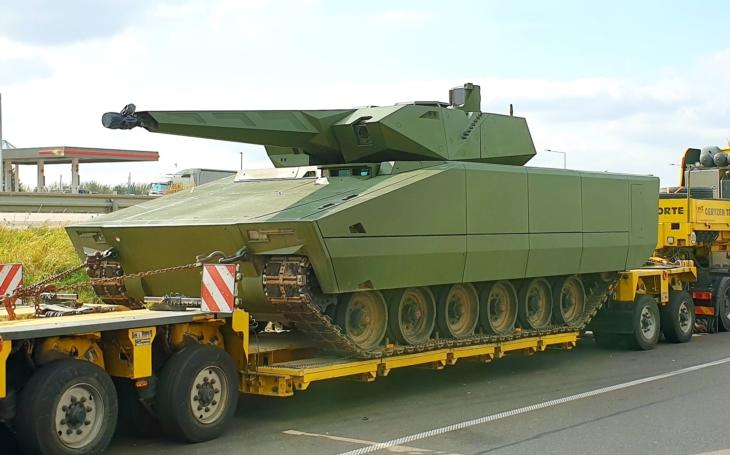 Bojové vozidlo pěchoty LYNX KF41 na Exercise Brave Warrior v Maďarsku - tamní armáda dostane 218 kusů