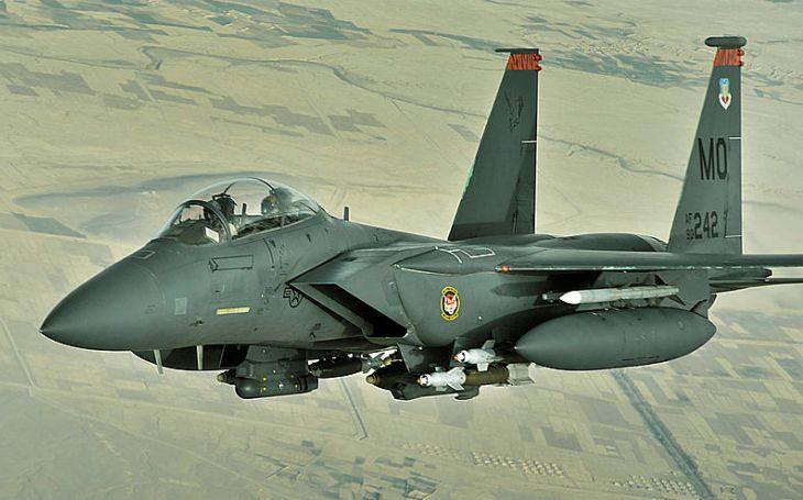 ,,Chytrá puma&quote; StormBreaker pro letouny F-15E Strike Eagle