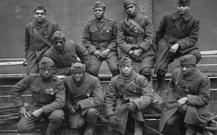 Harlemští ,,pekelní bojovníci&quote;: Poráželi předsudky i nepřítele. Afroamerický pluk, který nadšeně bojoval v první světové válce