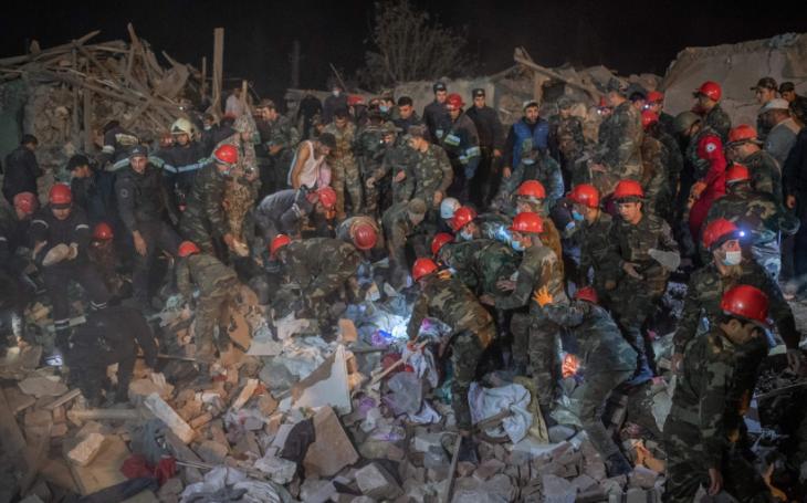 KOMENTAŘ: Náhorní Karabach. Oboustranně bolestivé ukončení války, která nemá dobré řešení