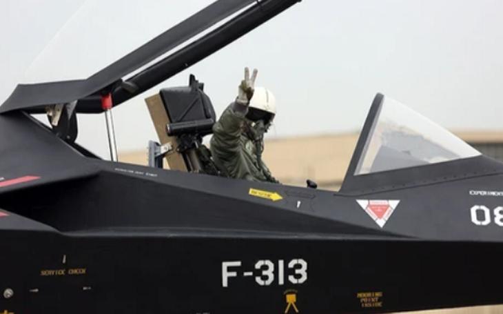 VIDEO: Íránská stealth ,,parodie&quote; na F-35: Teheránské snění o neviditelné stíhačce pokračuje
