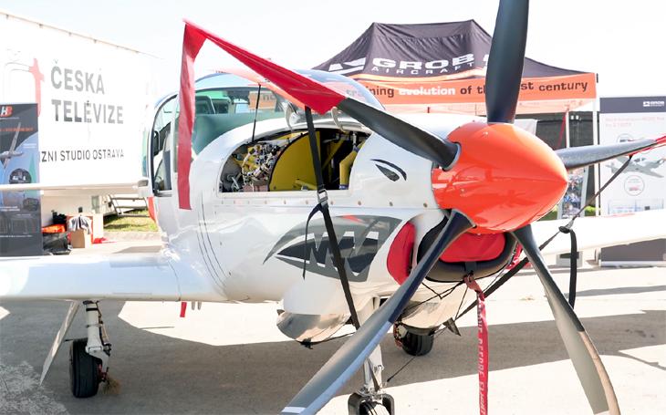 GROB G 120 TP - efektivní cvičný a akrobatický letoun slouží po celém světě