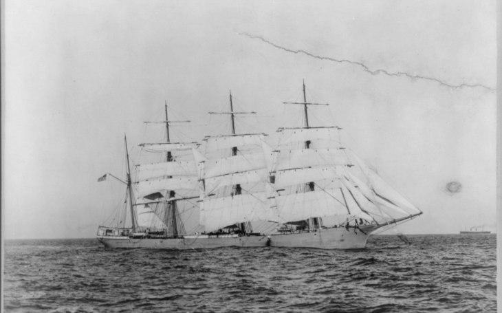 Zkáza lodi, která vyvolala hněv americké vlády. Přispěla k rozhodnutí USA vstoupit do války