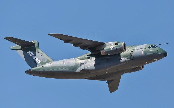 Brazilská společnost Embraer dodá Maďarsku dva vojenské transportní letouny KC-390