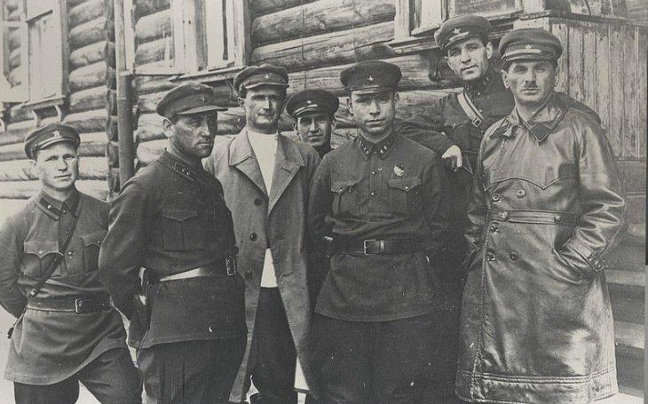 Naftalij Frenkel: Z pašeráka a milionáře Stalinovým vězněm, z trestance budovatelem gulagů