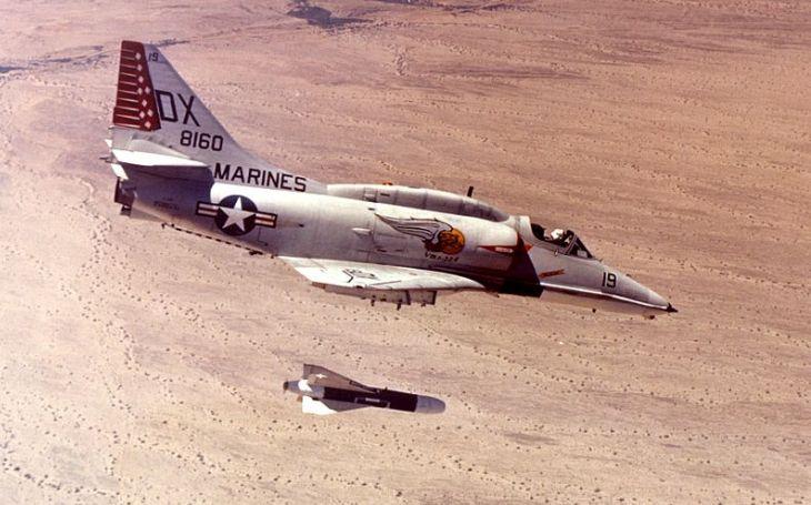 ,,Bezstarostná jízda&quote;: Jak mechanik ukradl letoun Skyhawk a stal se na půl hodiny pilotem