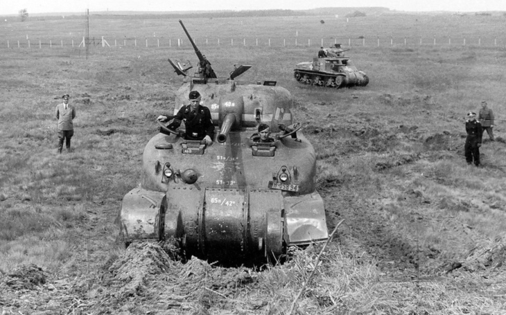 Smrtící past pro posádky tank M4 Sherman – bojoval proti nacistům, komunistům i v džunglích Jižní Ameriky