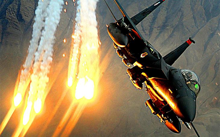 Američané prodlužují životnost svých F-15E Strike Eagle díky křídlům ze Saúdské Arábie