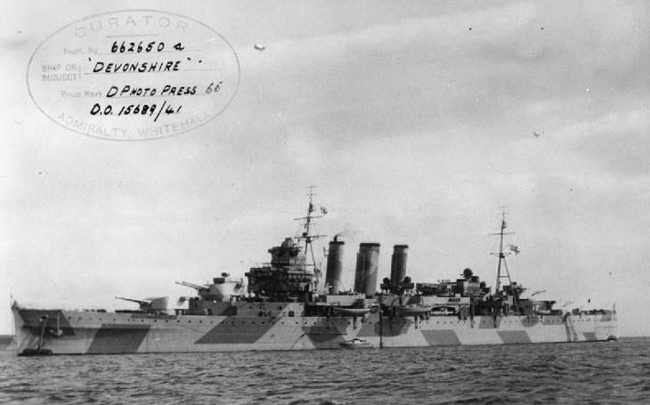 S těžkými křižníky Royal Navy se Hitlerovi piráti měřit nemohli