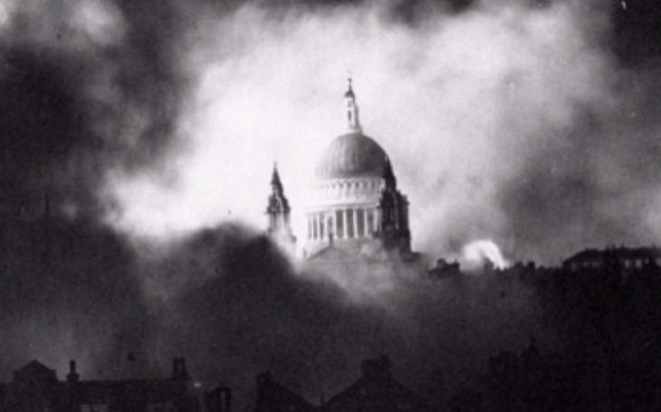 Londýn přežil Göringově Luftwaffe navzdory i během nejničivějšího náletu 29. prosince 1940