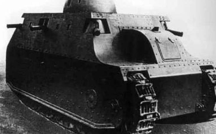 Fiat 2000: Italský sen o tankovém obru se rozplynul. Nakonec vznikly jen dva kusy