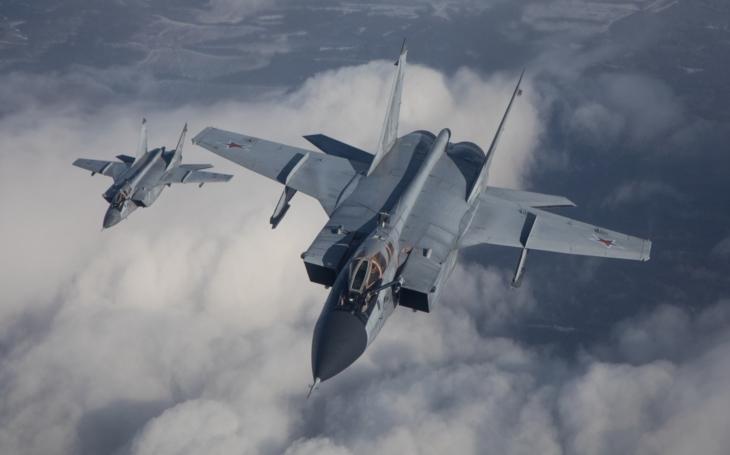 Rusko nasazuje letouny MiG-31BM na novou arktickou základnu