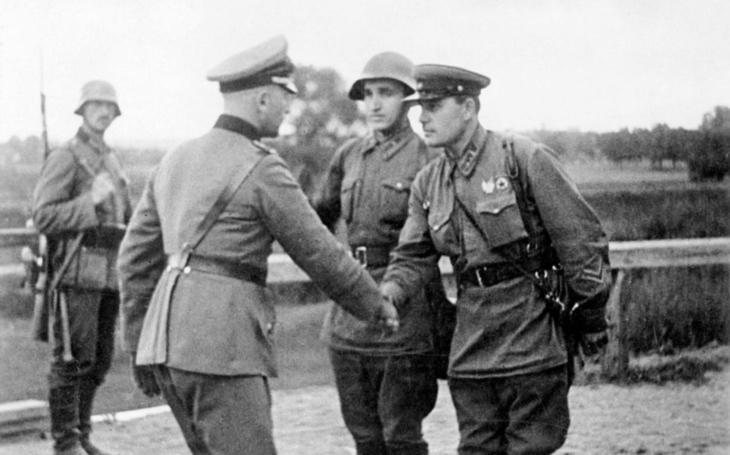 KOMENTÁŘ: Putin chce zákonem zakázat srovnávání SSSR a nacistického Německa aneb pro pravdu se každý zlobí