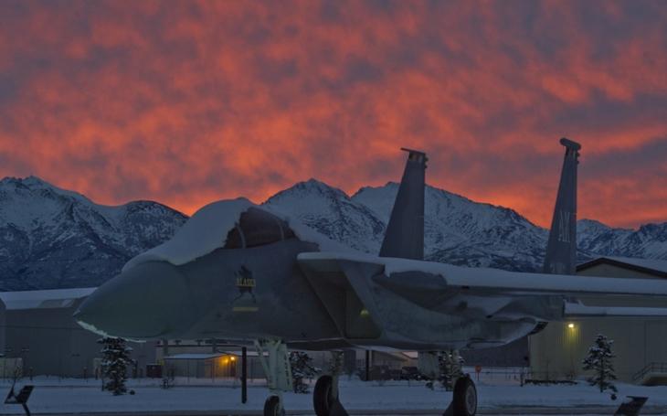 F-15X: Bude z nejvýkonnější varianty legendárního stroje také zahraniční hit?