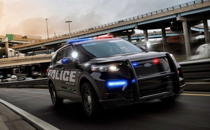 Nejrychlejší policejní auta v USA. Která to jsou?